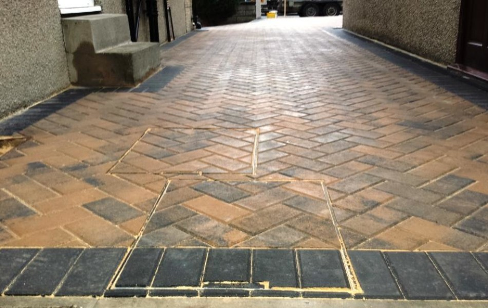 Driveway at Hawthorne Ave Brookhouse Lancaster 11