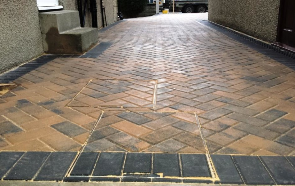 Driveway at Hawthorne Ave Brookhouse Lancaster 12