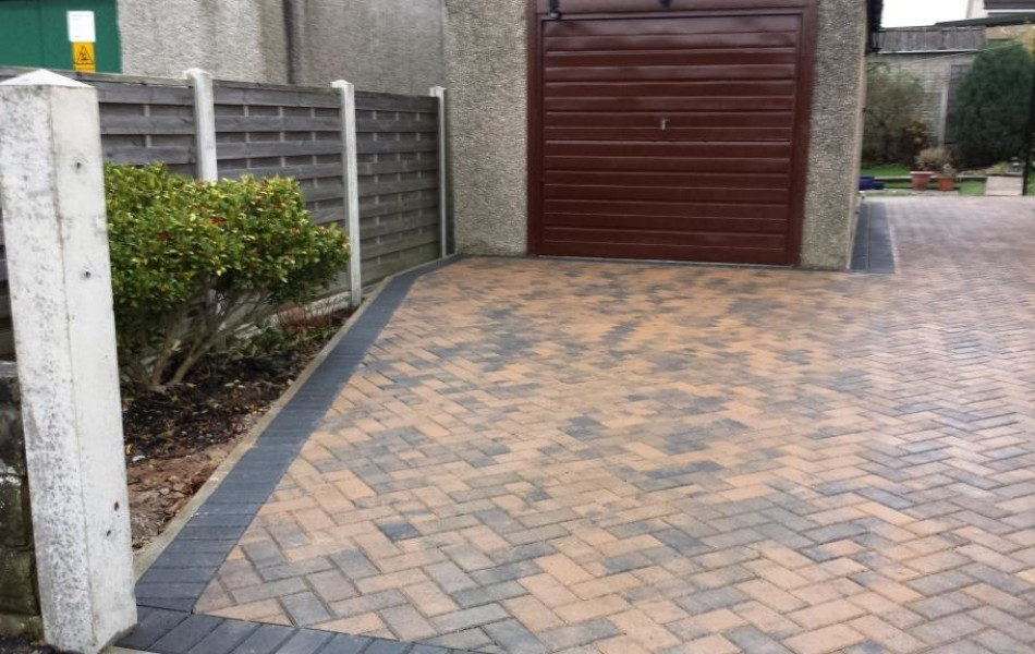 Driveway at Hawthorne Ave Brookhouse Lancaster 4