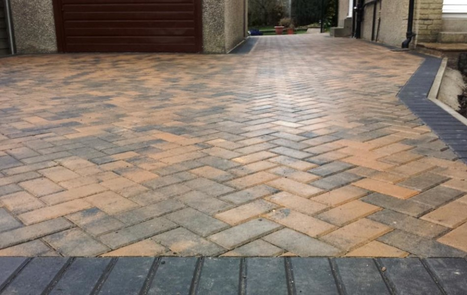 Driveway at Hawthorne Ave Brookhouse Lancaster 6