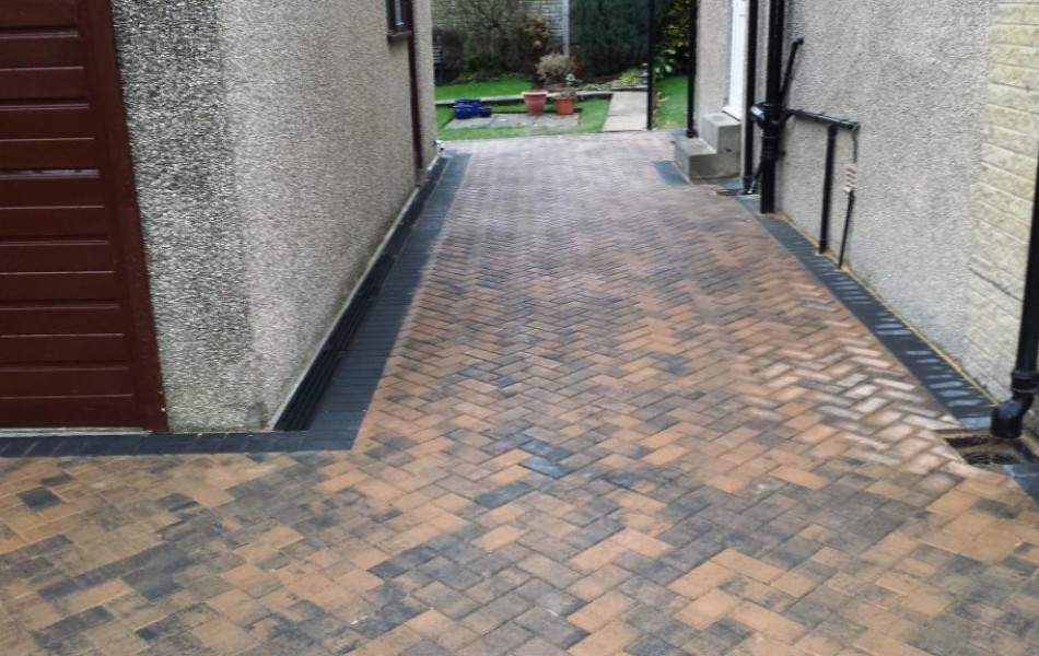 Driveway at Hawthorne Ave Brookhouse Lancaster 7