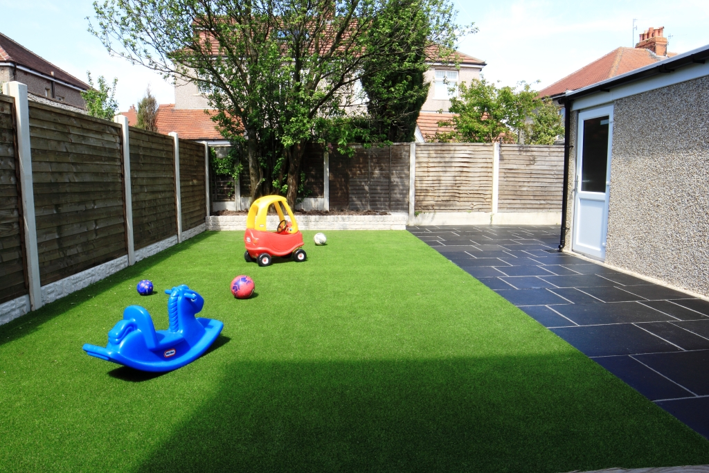 Artificial Grass Lancaster Driveways